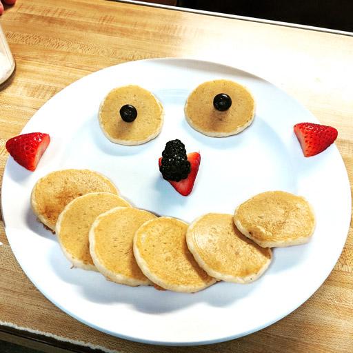 Kids-Silver-Dollar-Pancakes
