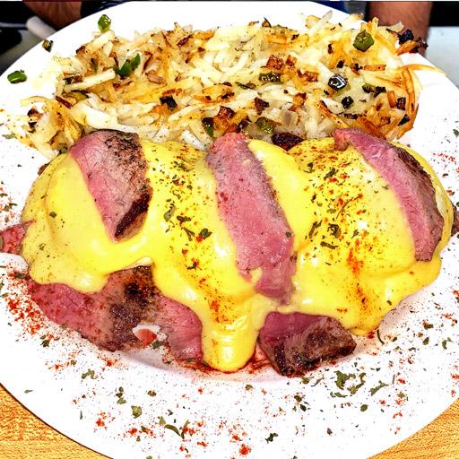 Steak-Benedict